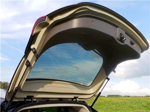 Infiniti QX50 2016 дверь багажника