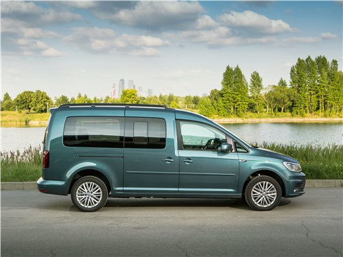 Volkswagen Caddy Maxi 2016 вид сбоку