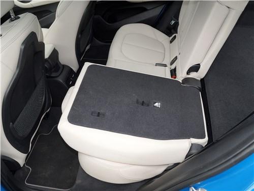 BMW X2 2019 задний диван
