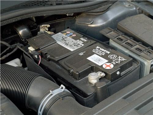 Volkswagen Passat 2015 моторный отсек