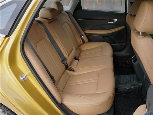 Hyundai Sonata 2020 задний диван