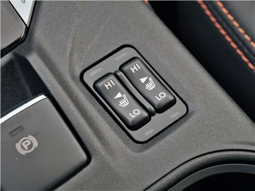 Subaru XV (2022) кнопки подогрева сидений