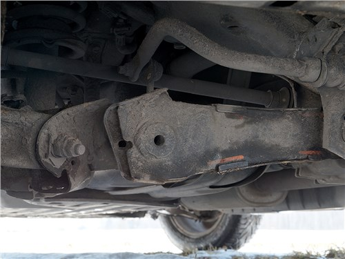 Honda CR-V 2015 задняя подвеска