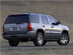 Сухопутные дредноуты (Chevrolet Tahoe, GMC Yukon, Cadillac Escalade, Ford Expedition, Lincoln Navigator) Yukon -