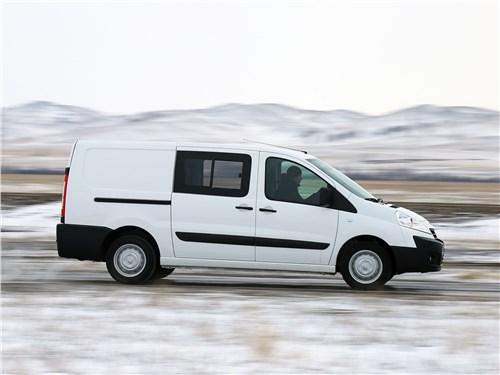 Peugeot Expert Profi Transformer 2014 вид сбоку
