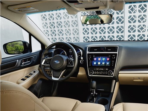 KIA Optima GT Line проверяет на прочность вернувшегося в Россию Subaru Legacy Legacy - Subaru Legacy 2018 салон