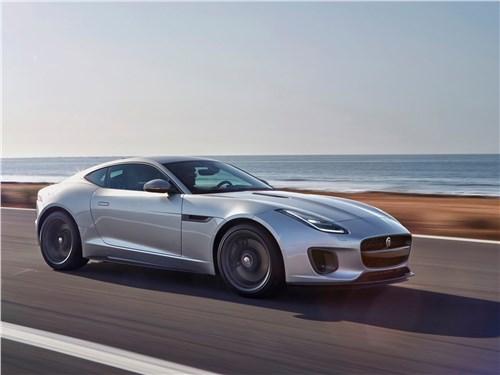 Jaguar F-Type 2018 вид спереди сбоку