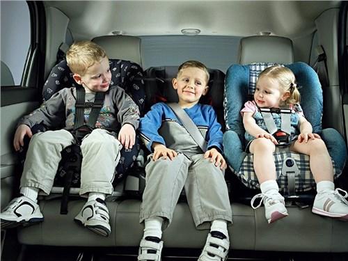 Верховный суд признал законной перевозку детей без специальных кресел
