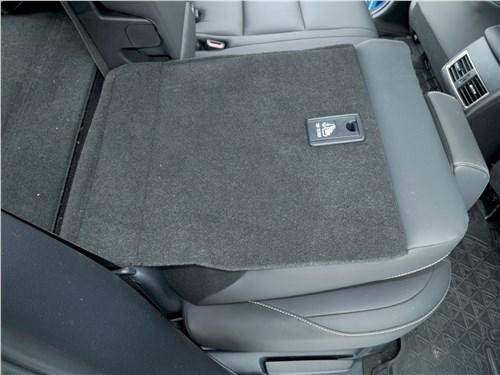 Lexus NX 2018 задний диван