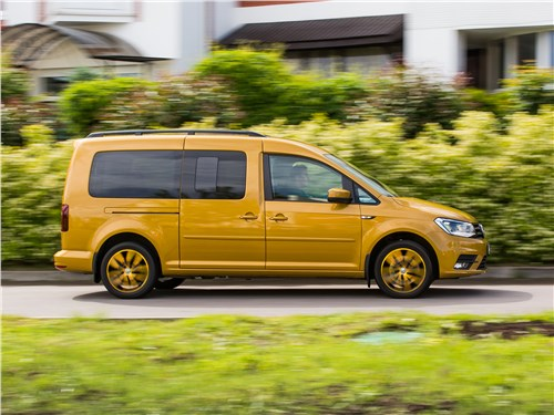 Volkswagen Caddy 2016 вид сбоку