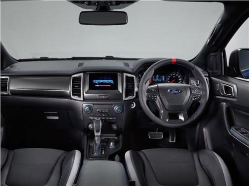 Практичный квинтет (Ford Ranger, Mazda B, Mitsubishi L200, Nissan Navara, SsangYong Musso Sports) Ranger - Ford Ranger Raptor 2019 салон