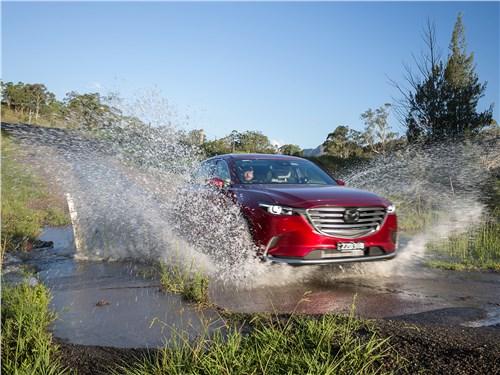 Имея полный привод, Mazda CX-9 уверенно преодолевает разные преграды