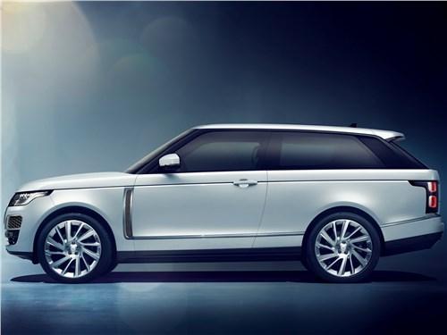 Двое на одного (BMW X1 (2012), Audi Q3 (2012), Range Rover Evogue (2012)) Range Rover - Land Rover Range Rover SV Coupe 2019 вид сбоку