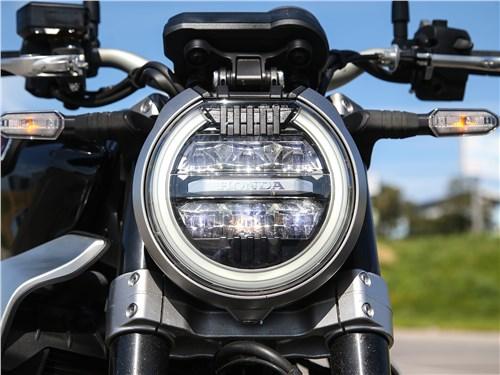 Honda CB1000R Neo Sports Cafe фара