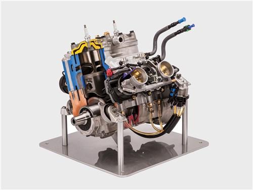 Новый Polaris 850 Patriot претендует на звание самого совершенного 2-тактного двигателя в мире. Дело не только в соотношении мощности к массе, но и в пиковых значениях мощности