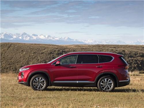 Hyundai Santa Fe 2019 вид сбоку