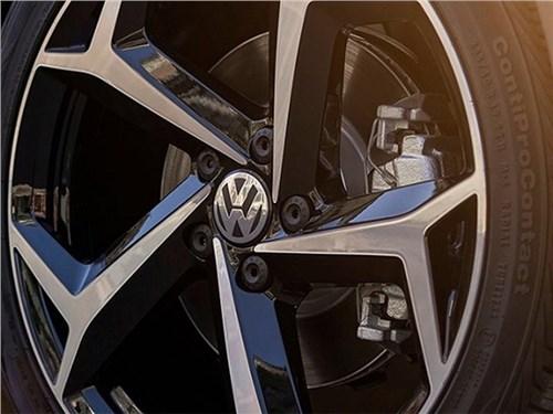 Новость про Volkswagen Passat - Volkswagen анонсировал выход нового Passat