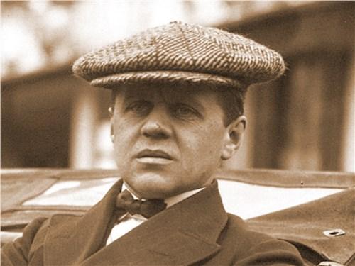Михайлов после финиша ралли Монте-Карло, 1912 год