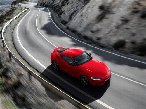 Toyota Supra - Toyota Supra 2020 вид сверху