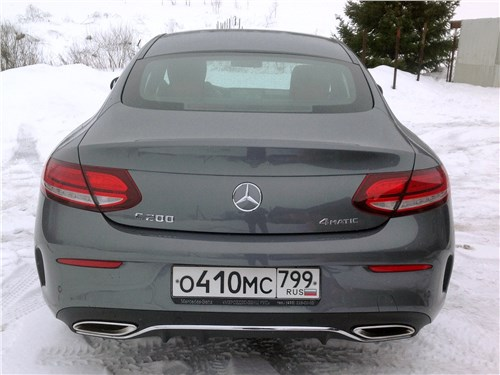 Mercedes-Benz C-Class - Mercedes-Benz C200 Coupe 4MATIC 2019 вид сзади