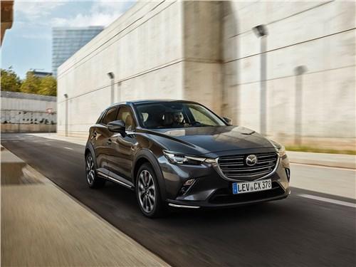 Mazda CX-3 2019 вид спереди