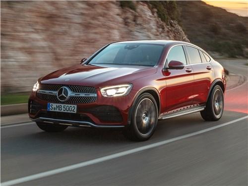 В поисках адреналина GLC Coupe - Mercedes-Benz GLC Coupe 2020 вид спереди