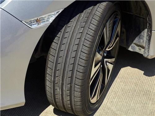 Изгибы и скоростные участки TTCA мы изучали с помощью новой шины BluEarth-ES