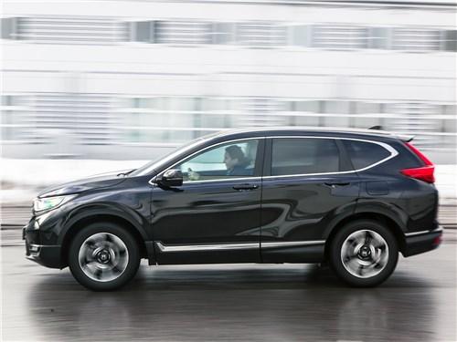 Honda CR-V 2017 вид сбоку