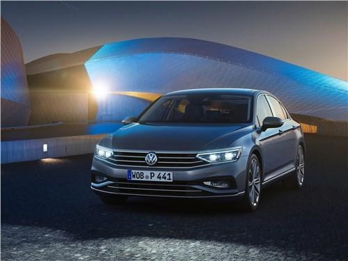 Mazda 6 и Volkswagen Passat как красное и белое, или истина в вине Passat - Volkswagen Passat 2020 вид спереди