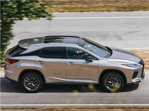 Подарок к Рождеству (Audi Q5,BMW X3,Cadillac SRX,Land Rover Freelander2,Lexus RX,Mercedes-Benz GLK,Volvo XC60) RX - Lexus RX 2020 вид сбоку