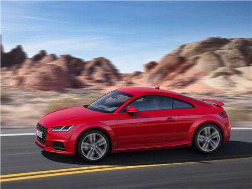 Спутники лета (Обзор российского рынка открытых автомобилей - 2006) TT - Audi TT Coupe 2019 вид сбоку