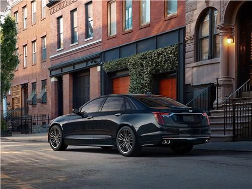 Cadillac CT6 2019 вид сбоку сзади