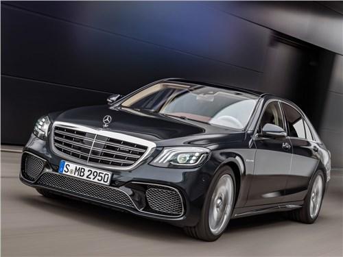 На круги своя S-Class AMG - Mercedes-Benz S65 AMG 2018 вид спереди