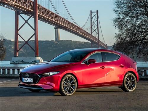 Новая Mazda 3: только вышла, а уже отзывают