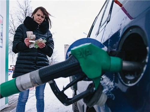 Доллар топливу не указ