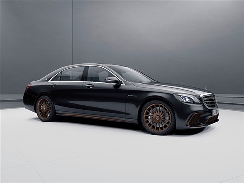 Новость про Mercedes-Benz S-Class - Новый Mercedes S-Class сохранит двигатель V12