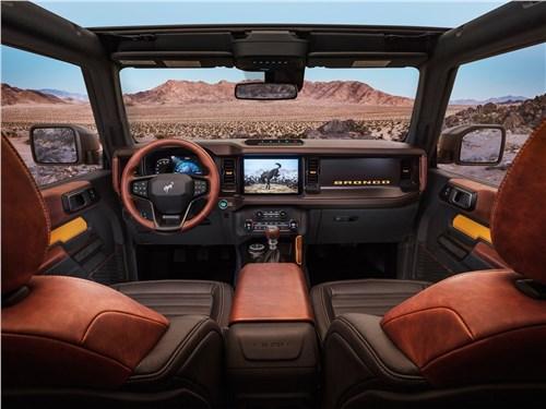 Предпросмотр ford bronco 2-door (2021) салон