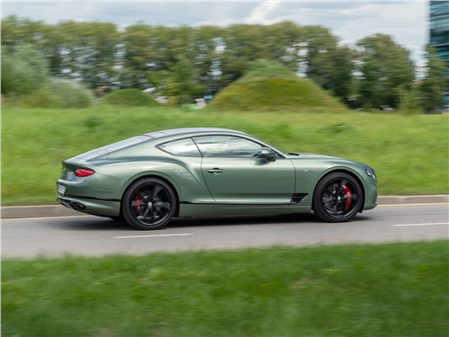 Bentley Continental GT V8 (2020) вид сбоку