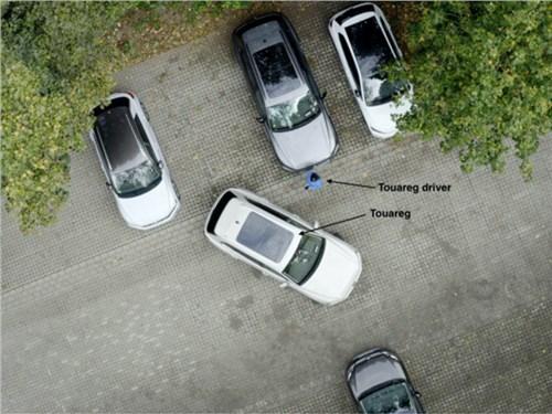 Volkswagen Touareg научился парковаться полностью автономно