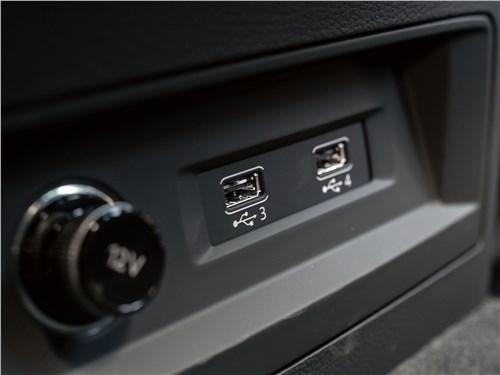 Audi Q7 2020 розетки