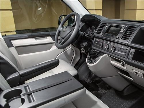 Volkswagen Transporter 2015 передние кресла