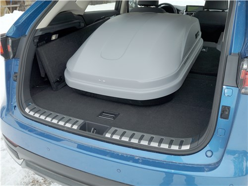 Lexus NX 2018 багажное отделение