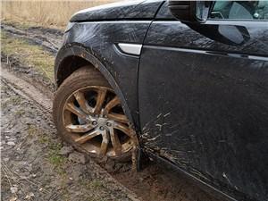 "Предпросмотр land rover discovery sport 2015 ""в колее"""