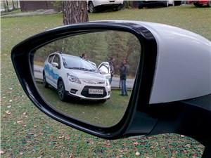 Lifan X50 2015 боковое зеркало