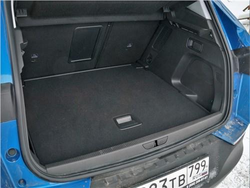 Opel Grandland X 2018 багажное отделение