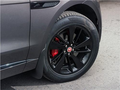 Предпросмотр jaguar f-pace (2021) переднее колесо