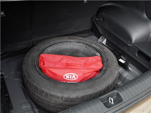 Предпросмотр kia sportage 2016 запасное колесо