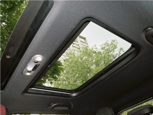 Mini Clubman Cooper S 2016 панорамная крыша