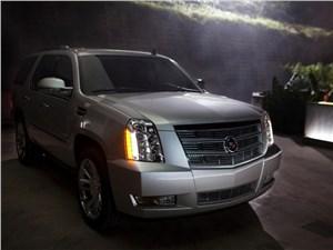 Cadillac Escalade нового поколения дебютирует в октябре