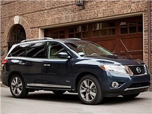 Гибридный Nissan Pathfinder скоро появится в продаже